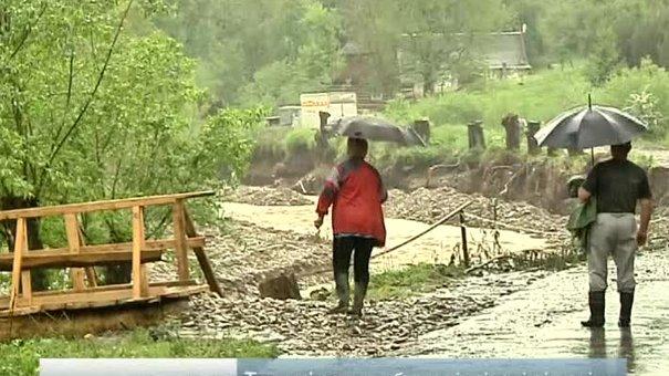 Понад півтисячі будинків на Львівщині залишаються підтопленими