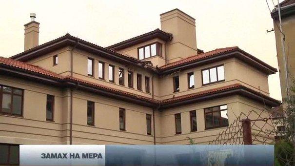 Будинок Садового обстріляли з гранатомета