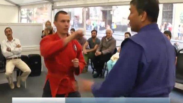 Самбісти вчили львів'ян втікати від захватів та наносити удари ножем