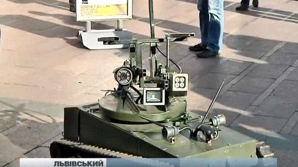 Львівські винахідники розробили радіокерований танк-розвідник