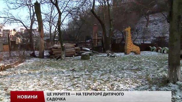 Волонтери відновлюють львівські бомбосховища