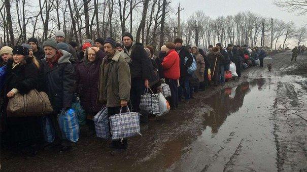 До Львова приїде понад тисяча переселенців із Дебальцево, Вуглегірська та Авдіївки