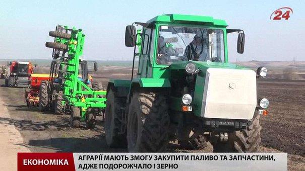 На Львівщині фермери проводять посівну кампанію коштом минулорічного урожаю