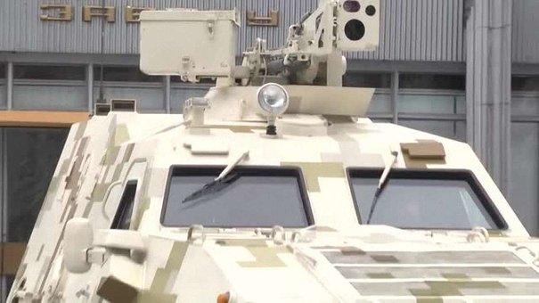 У Львові представили унікальний легкий бронетранспортер «Дозор-Б»