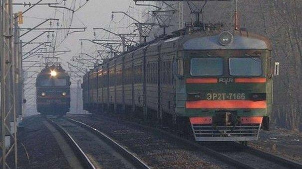 На Львівщині 13-річну дівчинку на вагоні вдарило струмом