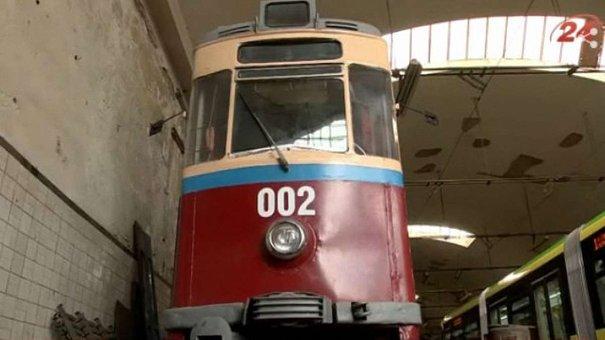 Ентузіасти поставлять на рейки раритетний львівський трамвай
