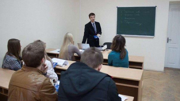Львівський університет підняв вартість навчання на 10%
