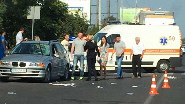У Львові на пішохідному переході збили двох чоловіків