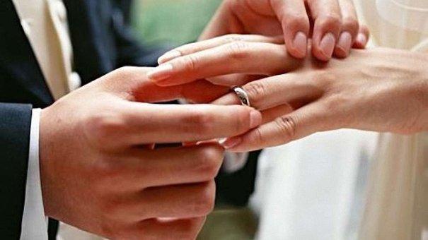 Перша пара у Львові зареєструвала шлюб онлайн