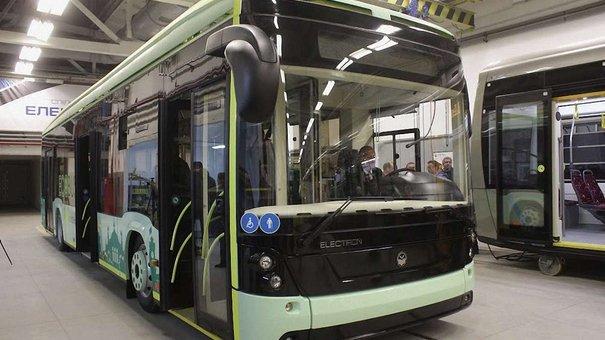 У Львові презентували перший в Україні електробус