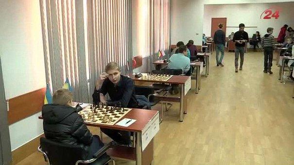 XII шаховий меморіал Василишина перетнув екватор