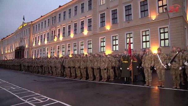 У Львові мобілізовані вперше стали офіцерами