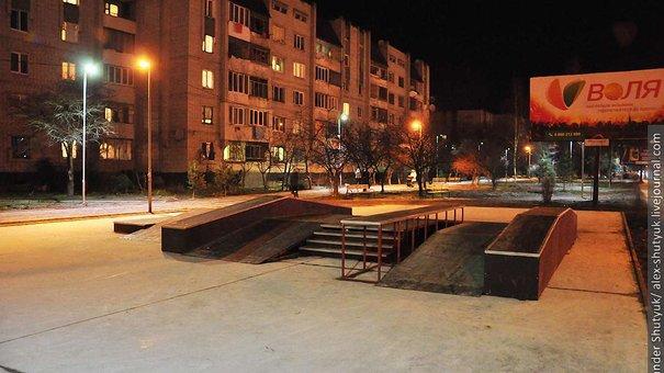До кінця тижня у Львові завершать облаштування скейт-парку на вул. Хмельницького