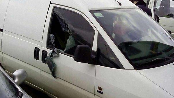 У Львові поліцейські затримали злодія, який вирішив вкрасти їхнє авто