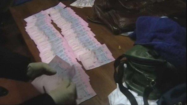 Правоохоронці повідомили подробиці затримання львівських митників