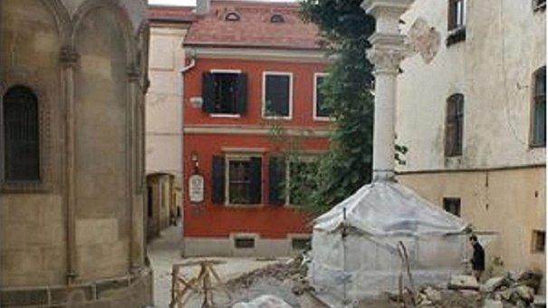 Вірменський дворик у Львові ремонтуватимуть до кінця літа