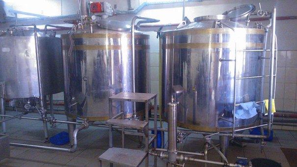 У Буському районі викрили підпільну пивоварню