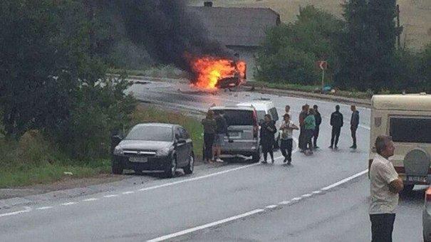 Масштабна автокатастрофа на Львівщині, багато поранених. Є загиблі