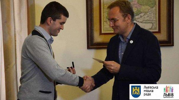 Чемпіон Паралімпіади Андрій Демчук отримає від львівської мерії квартиру