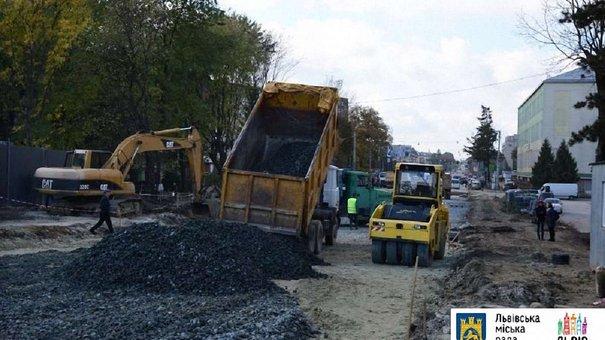 Відремонтований міст на Городоцькій відкриють в середині листопада