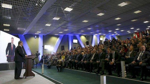 Державні посадовці пояснять походження задекларованих статків, - Президент Порошенко