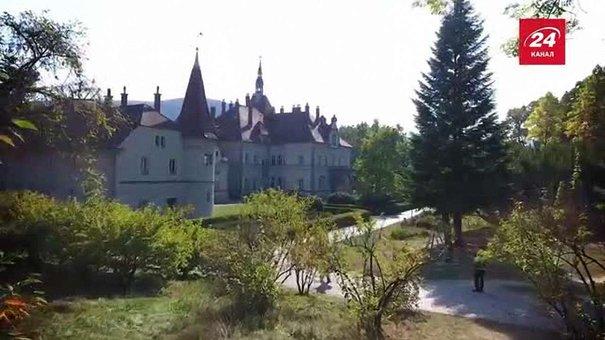 Куди поїхати зі Львова на вихідні: закарпатські замки Шенборнів та Сент-Міклош