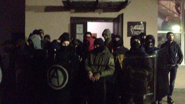 Активісти «Автономного опору» звинуватили поліцейських у бездіяльності