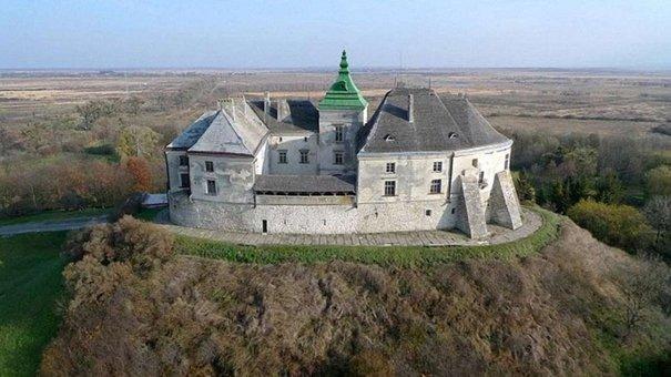 Вперше Олеський замок відчинять для відвідувачів уночі