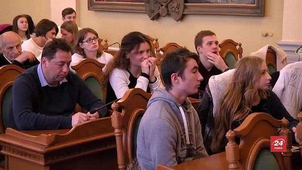 Львівські спортсмени і їхні наставники отримали стипендії міського голови