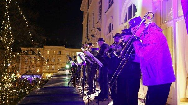 З балкона міського голови Львова впродовж години лунав джаз