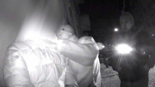 Двоє львів'ян, погрожуючи викруткою, вчинили розбійний напад на перехожого