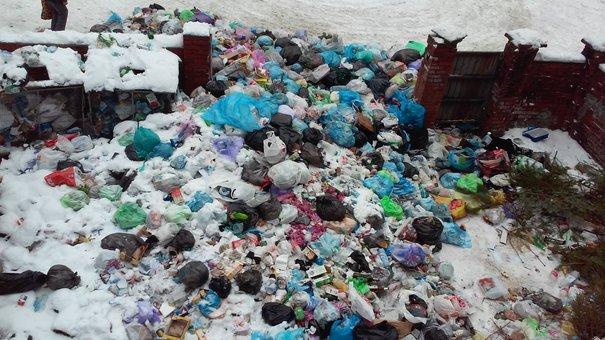 Протягом тижня усе львівське сміття вивезуть з міста