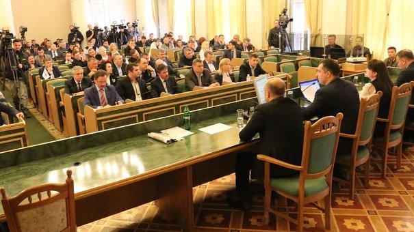 Львівська облрада вимагає розірвати економічні стосунки України з Росією