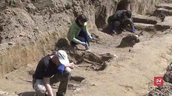 Львівські історики знайшли останки понад 40 жертв комуністичного режиму