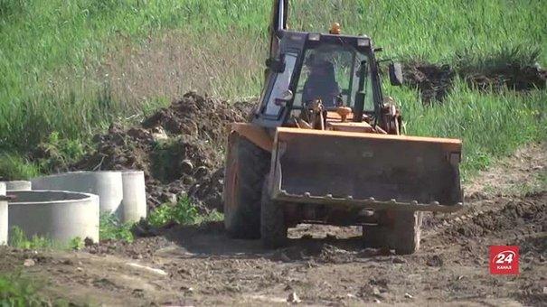 На Грибовицькому сміттєзвалищі приступили до будівництва дамби