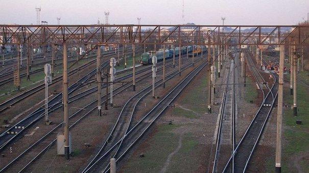 18-річну львів'янку вдарило струмом під час селфі на даху потяга