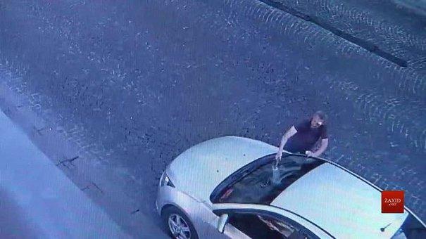 За розбиту машину муніципальна дружина Львова подасть на хулігана до суду