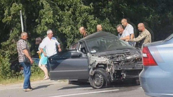 Очевидці зняли на відео Петра Димінського на місці смертельної ДТП