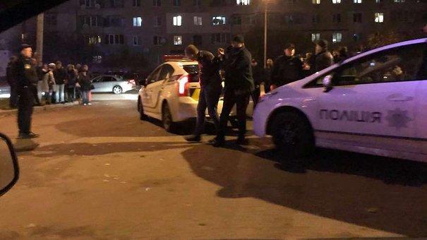 Учасники масової бійки в Рясному розбили автомобіль