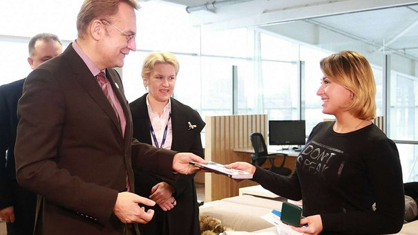 Пасажиропотік Львівського аеропорту вперше за 26 років перевищив мільйон осіб