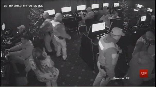 Відео затримання і смерті 22-річного львів'янина у салоні гральних автоматів