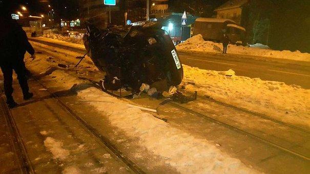 Після загибелі своєї пасажирки 23-річний водій намагався накласти на себе руки