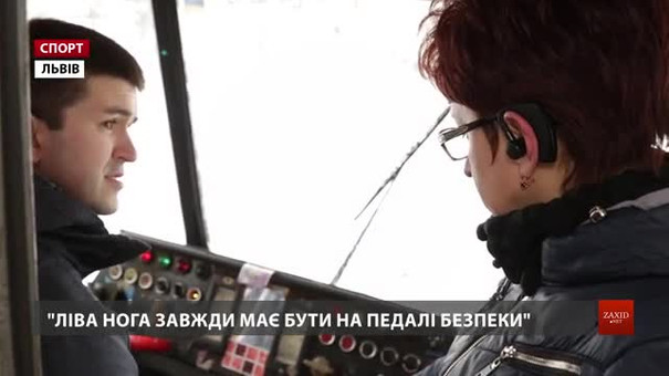 Паралімпійський чемпіон з фехтування Андрій Демчук сів за кермо львівського трамвая