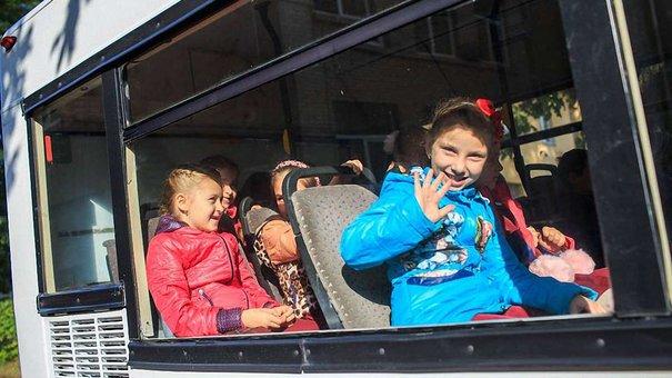 Львівська міськрада запровадила безкоштовний проїзд учнів у громадському транспорті