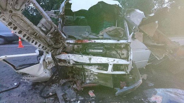 В аварії на трасі Київ-Чоп загинув 30-річний львів'янин та дев'ятеро людей травмувалися