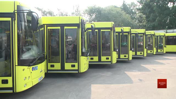 До Львова прибула перша партія нових білоруських автобусів МАЗ