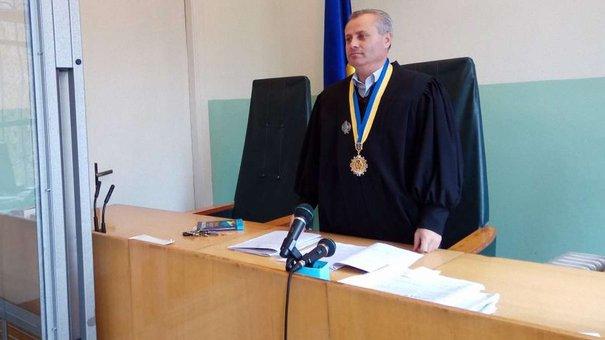 Єдиного суддю Турківського райсуду затримали на хабарі в 1000 євро