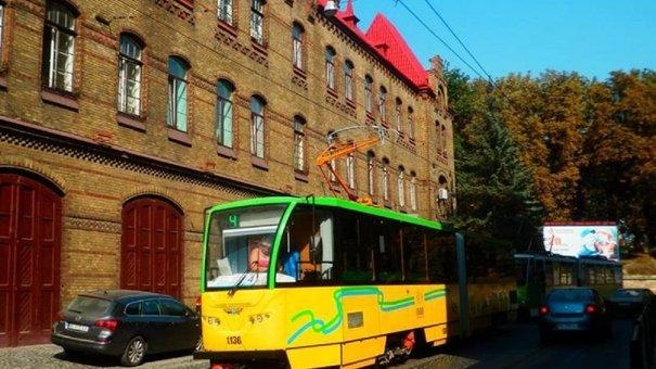 У вихідні трамваї маршрутів №1, 2 та 9 курсуватимуть зі змінами