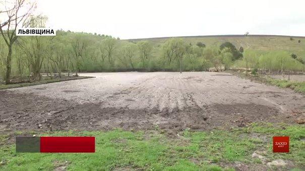 Після недільної зливи села біля Золочева підраховують збитки