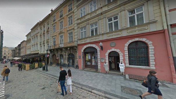Київська фірма викупить частину будинку на площі Ринок у Львові за 45 млн грн